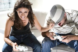 couple_playing_video_games