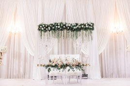 sweetheart-table-wedding-reception
