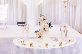 wedding-cake-table